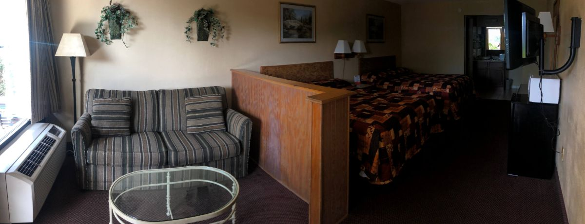 Tarpon Shores Inn Mini Suite