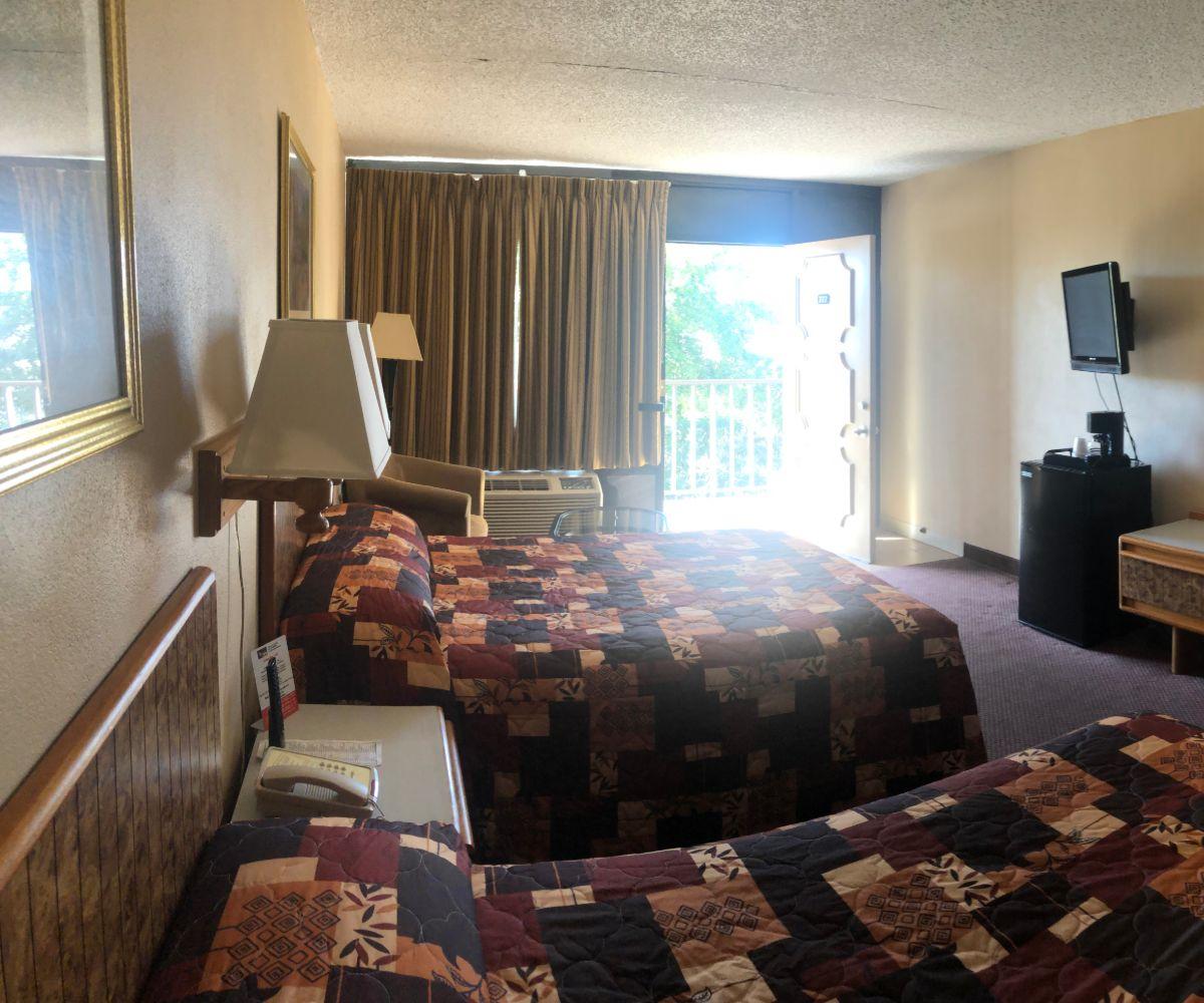 Tarpon shores standard double room